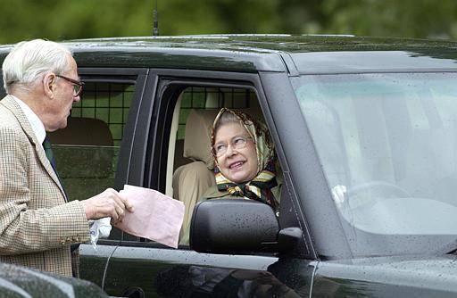 Все лимузины Елизаветы II