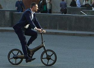 Кличко упал со своего велосипеда