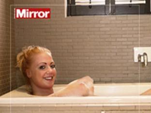 Пародийная реклама на эротику в The Sun