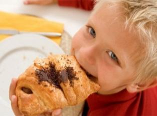 Круассаны и хлеб для наших детей