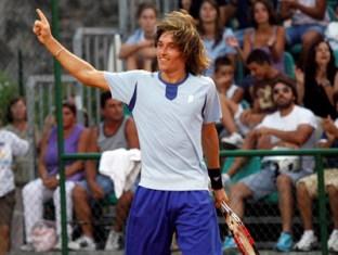 Долгополов разгромлен в паре на Roland Garros